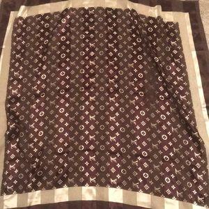 Louis Vuitton scarf